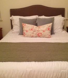 Better Homes and Gardens Grayson Linen Headboard