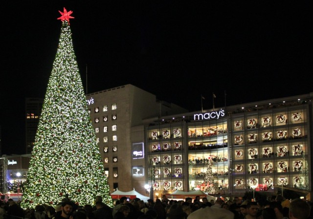 20121123-sf-tree-lighting-after-2.jpg